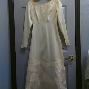 1960s Long Sleeve Wedding Dress